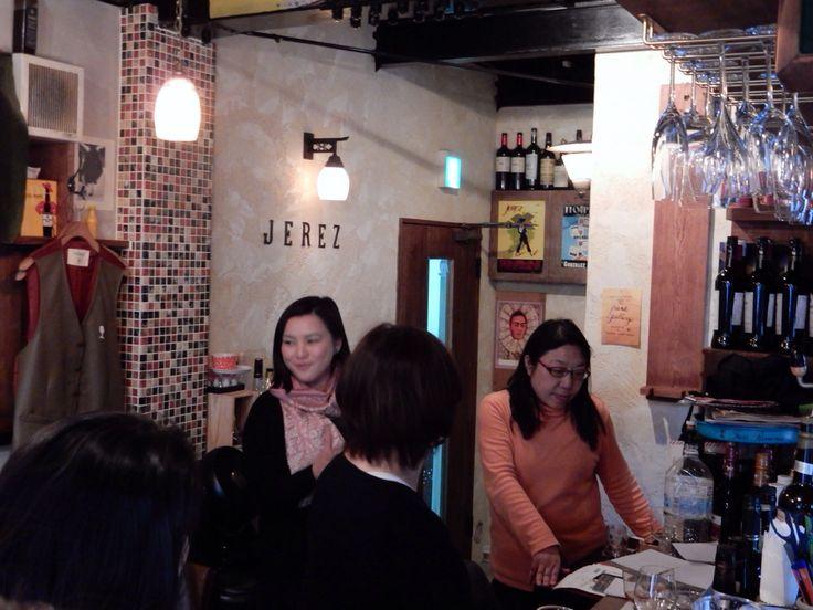 Sherry & Montilla Seminar at Bar ECHEGARAY in Tokyo. Explain about wines. Left, me. Right Ms. Hitomi Fukumoto, Spanish Wine Importer Altamira. 2015 March 14