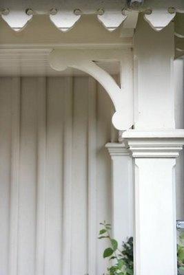 Snickarglädje, veranda, vindskiva, stolpar