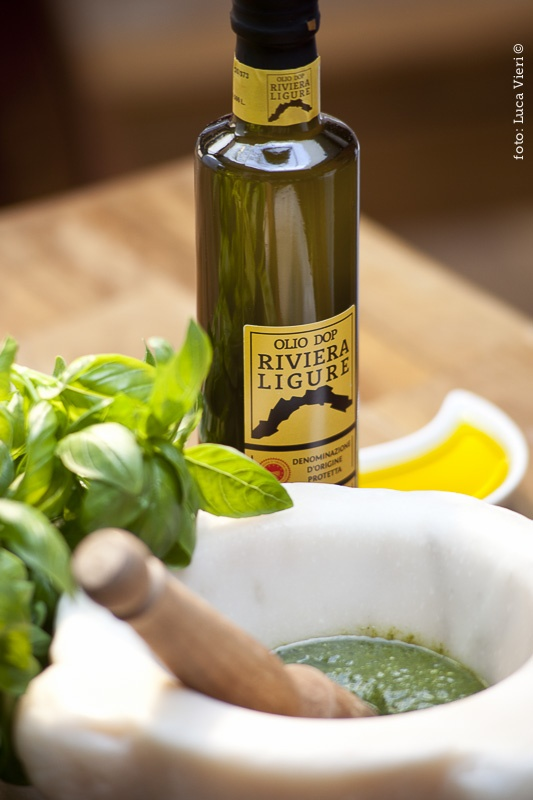 Olio DOP Riviera Ligure e Pesto Genovese DOP  #essenzadiriviera