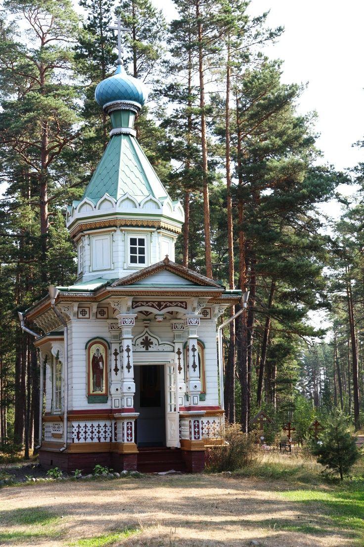 rustic russian church   Konevets. Chasovnya