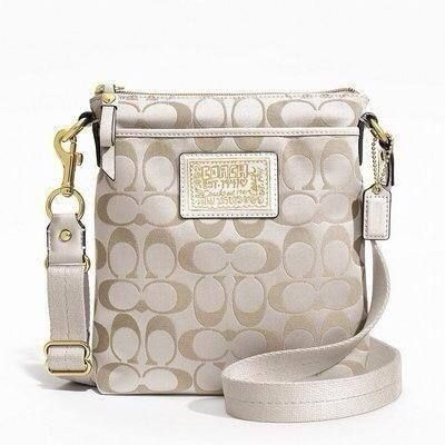 35 best cross body bags coach images on pinterest cross for Designer couch outlet