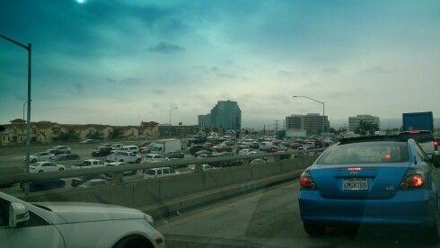 Los Angeles traffic, Vs