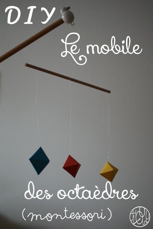 Mobile Montessori pour bébé, le mobile des octaèdres.