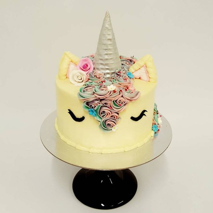 Unicorn cake with pinks and teals