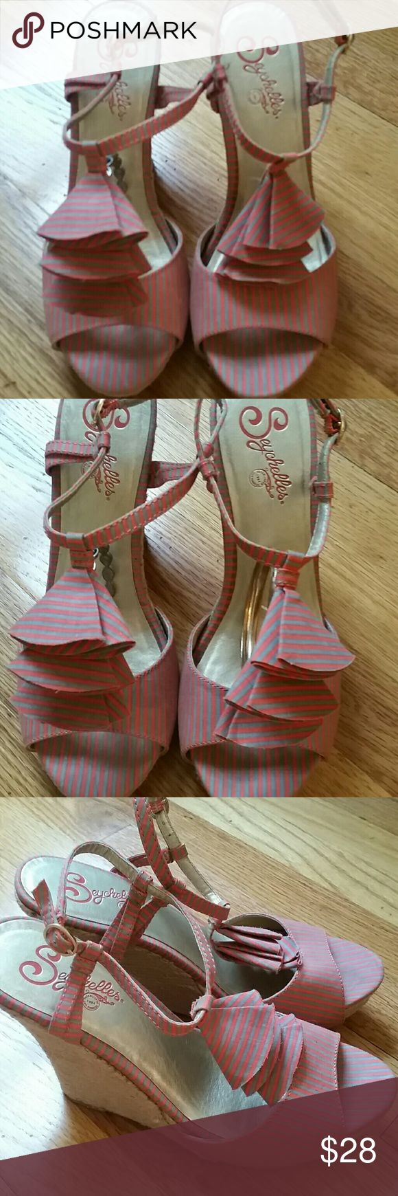 SEYCHELLES  striped wedges coral and grey striped wedges 7.5 Seychelles Shoes Wedges