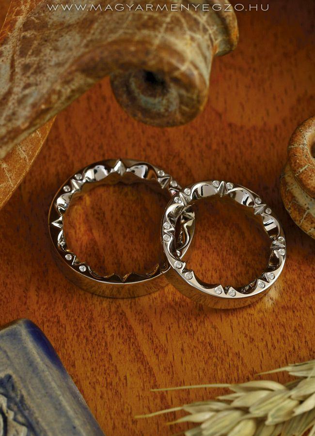 Napraforgó - karikagyűrű - wedding ring - www.magyarmenyegzo.hu