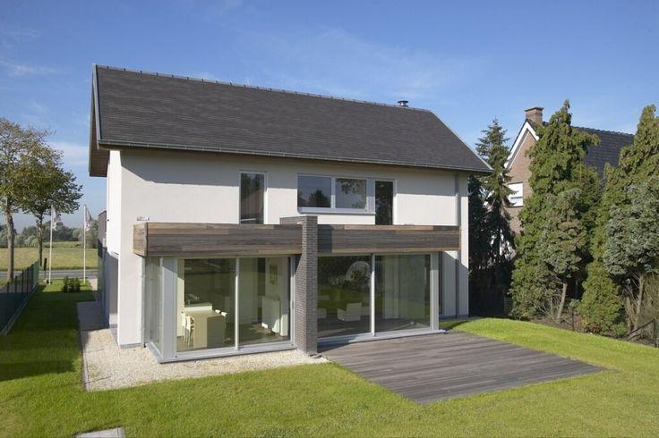 17 beste idee n over modern huis exterieur op pinterest moderne huizen ontwerpen huis for Modern huis binnenhuisarchitectuur villas