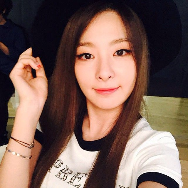 This is a picture of SEULGI from the Kpop girl band Red Velvet.