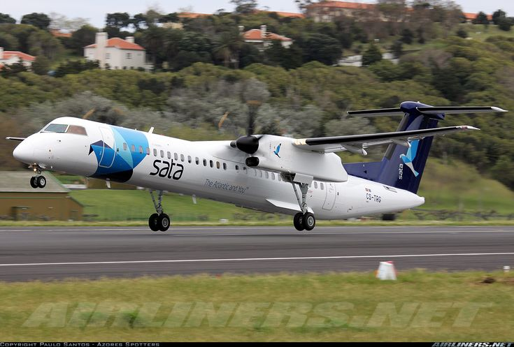 SATA Air Acores CS-TRG De Havilland Canada DHC-8-402Q Dash 8 aircraft picture