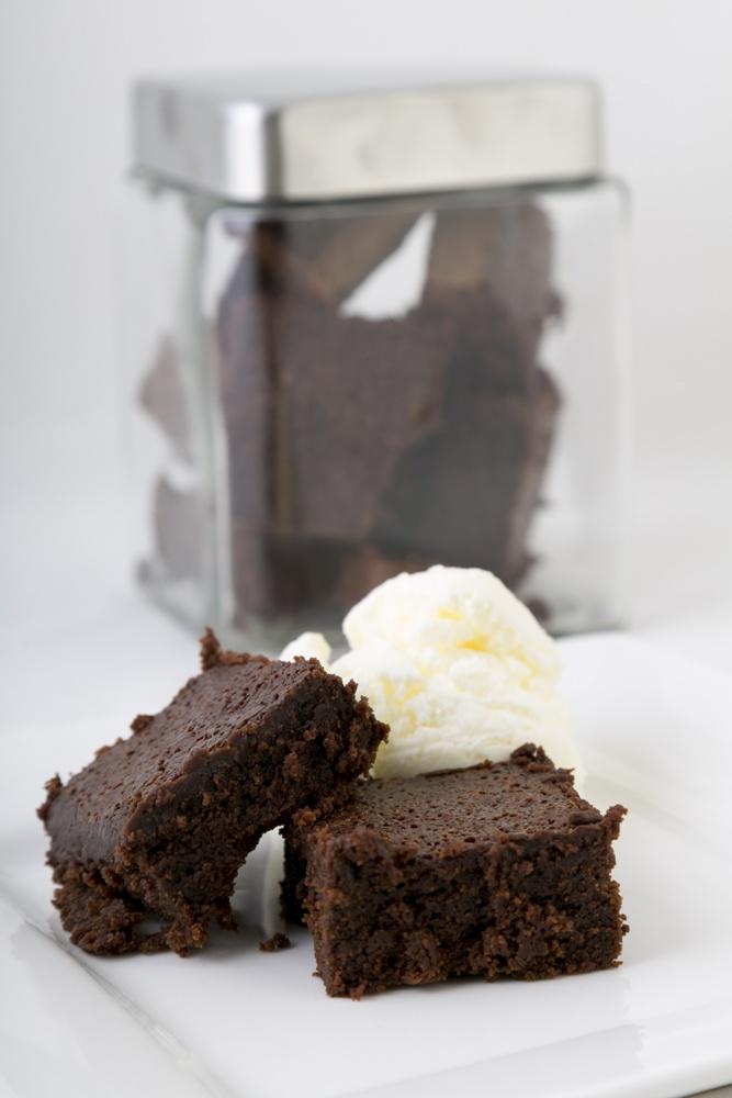 ¡A todos nos gusta el tradicional brownie con helado! Agrega un poco de café a tu mezcla de brownies y disfruta de un nuevo sabor irresistible.