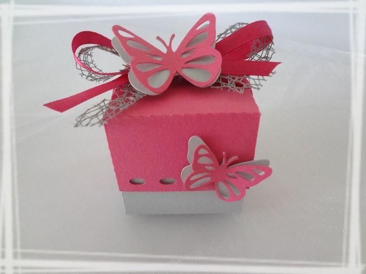 Boîte à dragées papillon baptême carrée fuchsia autres bébé par laetiline