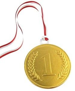 Chocolate Trading Co 100mm Gold chocolate medal - Single medal Our chocolate medals provide a fun reward for friends, family or business use such as staff incentives, corporate events. This gold chocolate medal is made from high quality milk chocolate. http://www.comparestoreprices.co.uk/food-delivery/chocolate-trading-co-100mm-gold-chocolate-medal--single-medal.asp