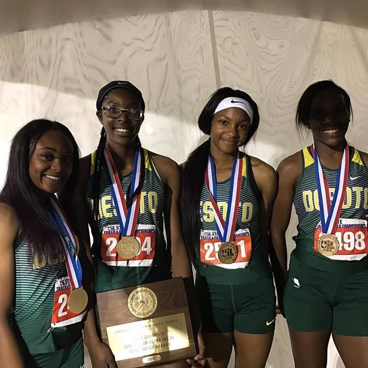 DeSoto girls throwdown a 3:37 4x4 to win the 6A State Title in Texas . . . . . #milesplit #desoto #texasmilesplit #running #track #tracknation #speed #fast #champions #gold #relay @4x400m #uil #uilstate #uiltfstate http://ift.tt/2qeD9FV