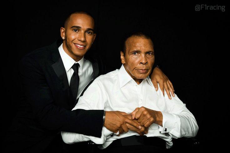 """Lewis Hamilton se llevó el triunfo en el Gran Premio de Canadá 2016 y se lo dedicó a Muhammad Ali. Señaló que la victoria era para el más grande boxeador de todos los tiempos, citando una de sus famosas frases. """"Flota como mariposa, pica como abeja. Esto fue para Muhammad Ali, me siento inspirado por él..."""""""