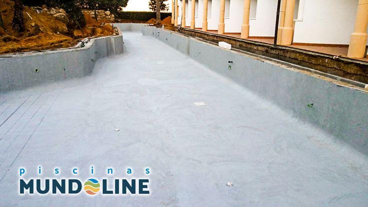 Terminada la impermeabilización de la piscina del Hotel Andalucía Playa en Chiclana de la frontera.