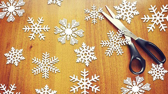 Ils sont mignons et facilement réalisables: voici des modèles à télécharger de flocons de neige en papier.