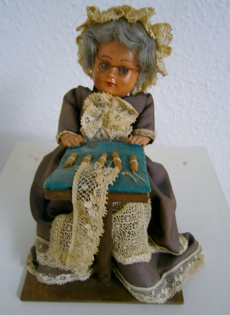 An old Lady Doll anno 1935.