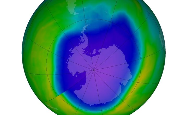 Record hole in ozone layer no cause for alarm | UN weather and climate agency says hole over Antarctica is larger due to colder stratosphere but will shrink again