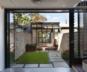 Australian studio Carter Williamson Architects has turned an ordinary 1900′s terrace house into a contemporary oasis in Sydney, Australia.