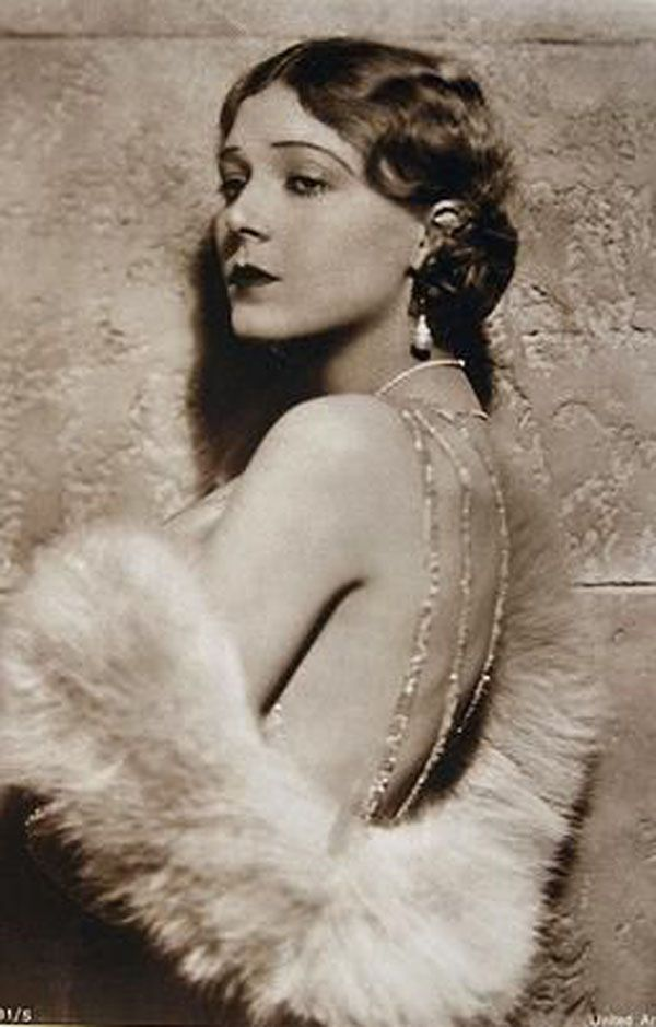 """Vilma Banky, (""""{The Hungarian Rapsody""""); Hungarian silent film actress in Germany, France, Austria. Discovered by Sam Goldwyn in 1925 and moved to Hollywood. Best known for starring opposite Rudolf Valentino in The Eagle, (1925) and the The Sheik, (1926)."""
