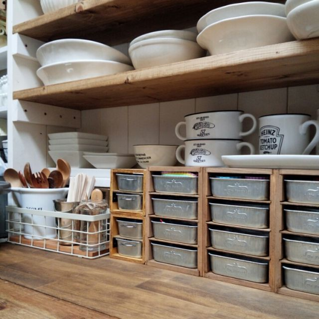 カフェ風/薄い棚板は例のアレ/見せる収納/DIY食器棚/DIY/セリアリメイク…などのインテリア実例 - 2015-02-26 11:00:08   RoomClip(ルームクリップ)