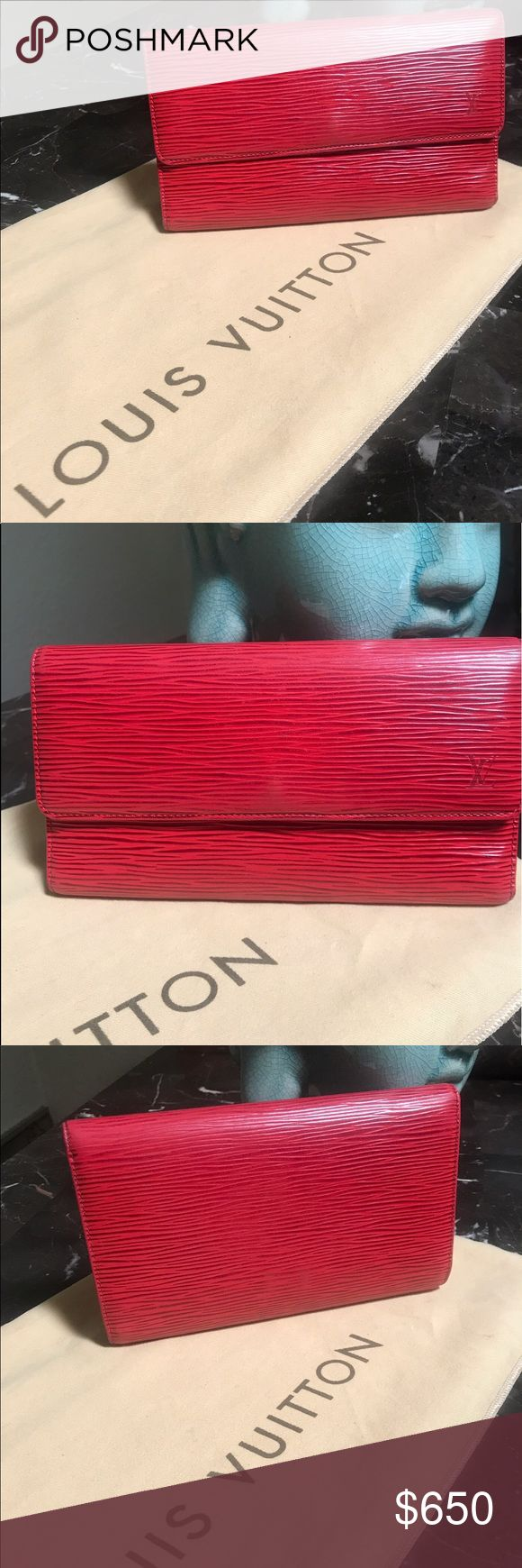 Auth LV Red Epi Leather Porte-Tresor Intern Wallet This LV Toledo Epi Leather Porte-Tresor International Wallet is the most elegant way to organize your essentials like your bills, checkbook, credit cards and plenty of coins. This delightful piece will always be a timeless classic. The exterior Epi is clean and in great condition, but throughout there are very minor signs of wear, as well as slight wear to the corner edges. The interior is clean, but there some scratch marks, coin pouch is…