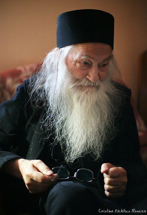 Părintele Justin Pârvu vazut de Cristina Nichitus Roncea