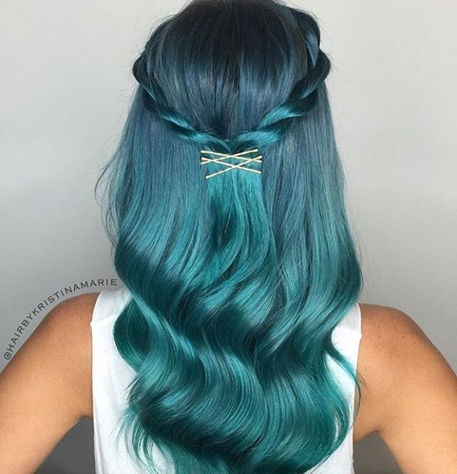 @hairbykristinamarie ✨✨ A custom mix of Black Pearl, Mint, Peacock, Green + Titanium