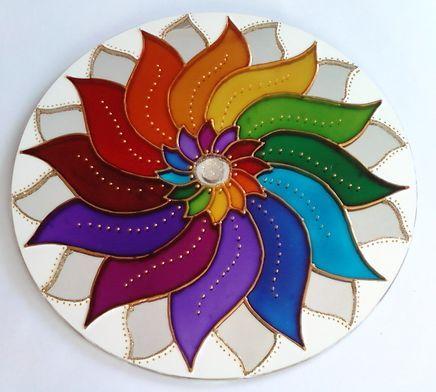 Mandala colorida em espelho 25cm