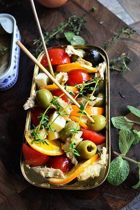 味付け不要 簡単 5分でお洒落 バル風 缶つま サバ、オリーブ、チーズのフルーツハーブあえ レシピブログ