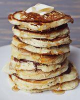 Banana Nut Pancakes (good pancake recipe, with or without the bananas)
