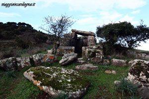 Villanova Monteleone -tombe di giganti Laccaneddu