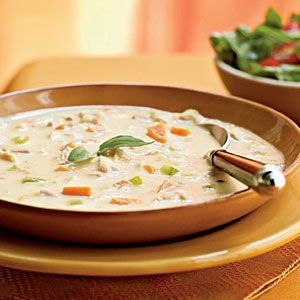 Turkey and Potato Soup with Canadian Bacon - Filled with two types of meat and baking potatoes, this hearty soup will warm up your family on a cold night. For a complete meal, serve with an arugula salad.