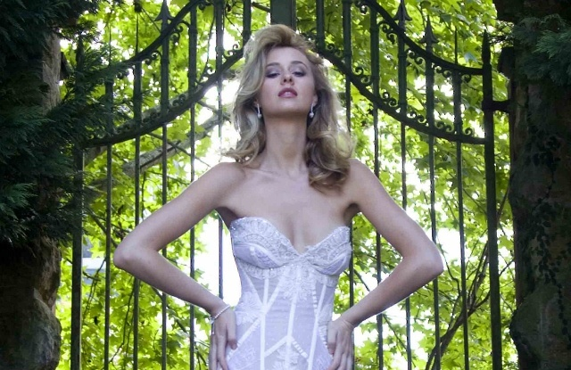 "Sydney wedding couture - Corston Couture's ""Symphony"" Gown #couture #weddingdresses #corset #corsette #bridalgown #australiandesigners"
