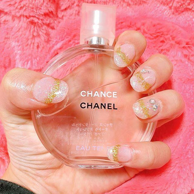 セルフネイル💅💕✨ ピンクスカルプ&オーロララメジェル🦄 #nail#gelnails#sculpture#scalp#スカルプ#ジェルネイル#スカルプネイル#オーロラネイル#selfnail #セルフネイル #lame#glitter#chanel#goldglitter#christmas#snow#スノーホワイト#ネイル#💅