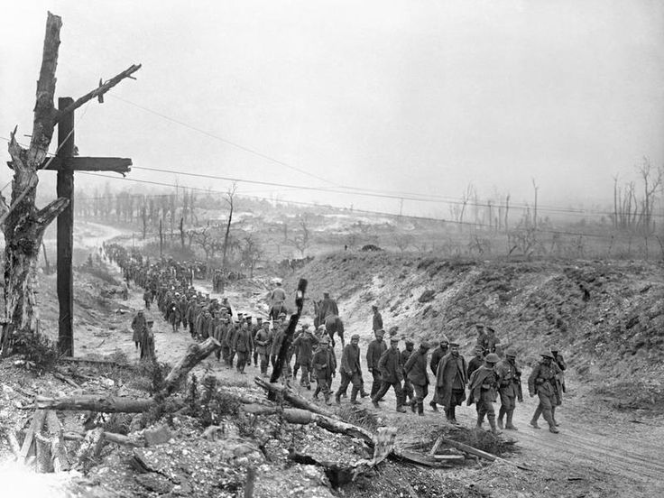 WW1, Somme: Battle of Bazentin Ridge. Long line of German POWs being marched into Fricourt. July 14,1916.