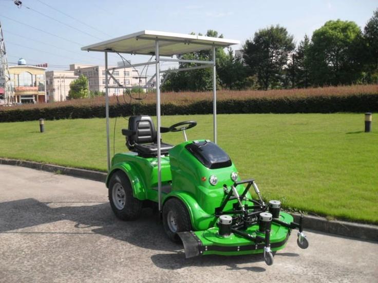 Yard Cruise YC48200 solar/electric riding lawn mower