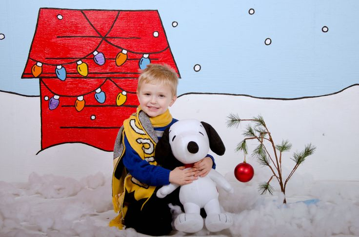 Charlie Brown Peanuts Christmas Photo Session