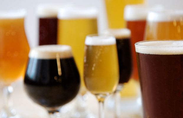 Up Your Glass Game: An Expert Guide To Proper Craft Beer Glassware [Infographic