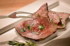 How to Cook a Medium Rare Roast Beef in a Crock-Pot