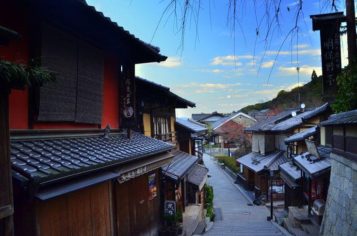 まるでタイムスリップしたかのよう風情を楽しむ京都の旅 祇園東山界隈のおすすめスポット
