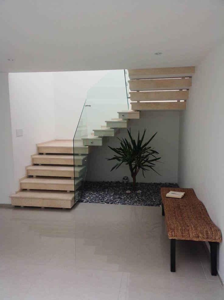 Casa en Venta Recién Remodelada en Interlomas, Edo. de México - Inmuebles24