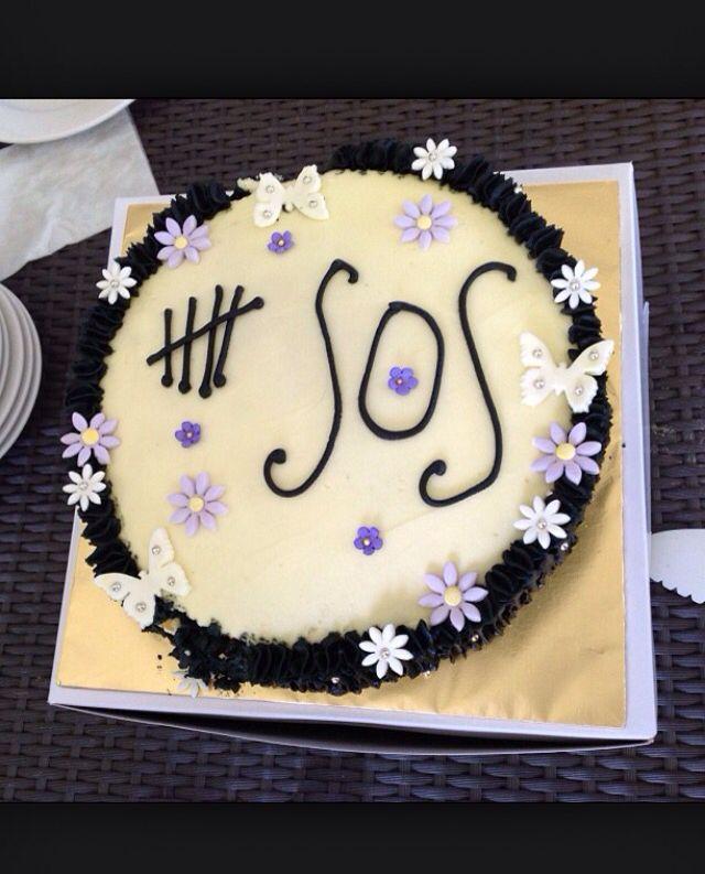 5SOS cake idea-5 seconds of summer.