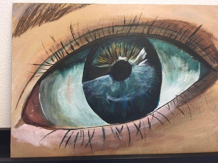 Voor het eerst een oog geschilderd met acrylverf bij Irene's Atelier in Houten.
