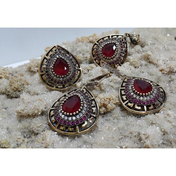 Ruby Sterling Silver Hurrem Sultan Set #silver #set #ottoman #wholesale #women #fashion #turkish #handmade #jewelry #jewellers #jewellery #jewel #ruby #granat #emerald #sapphire #gemstone #new #antique #ring #earring #necklace