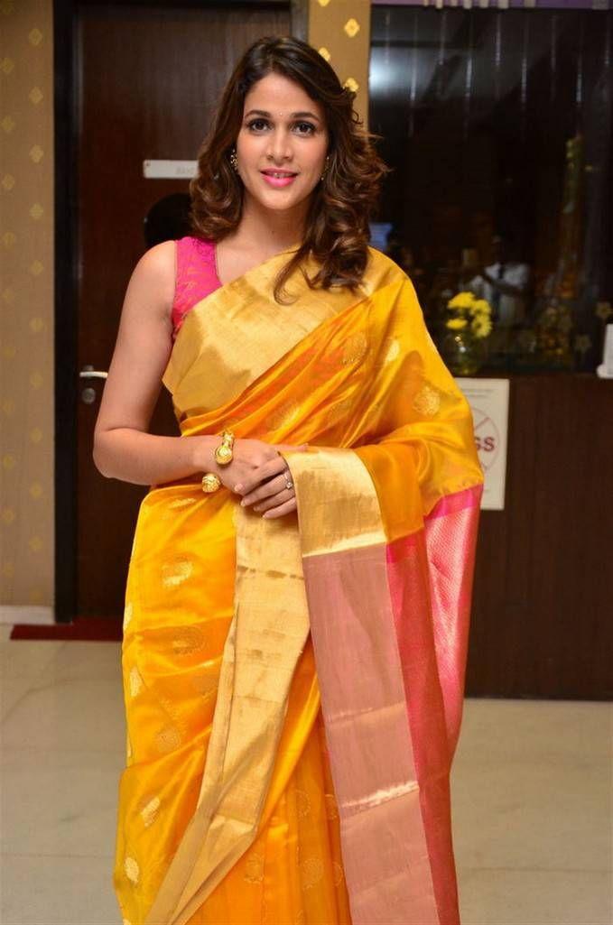 Actress Photos, Hindi Actress, Hindi Events, Nagma, Saree ...