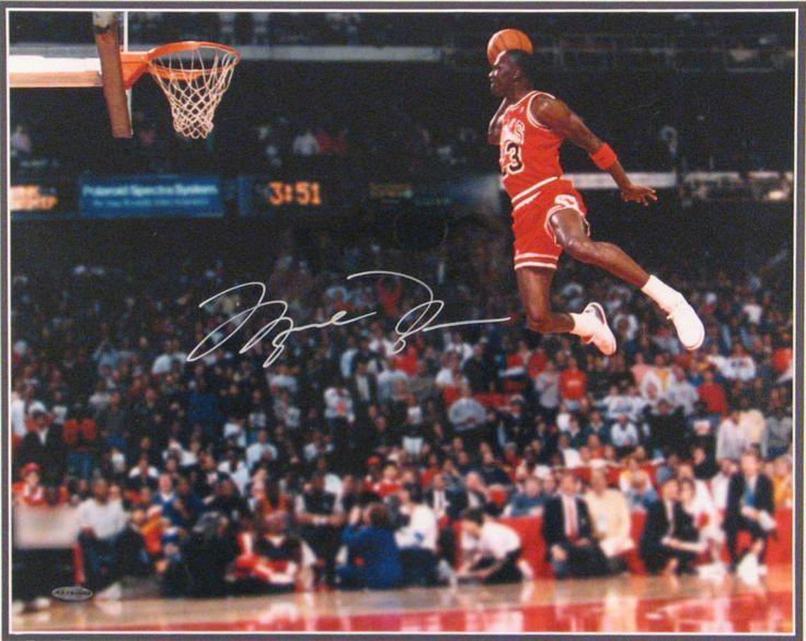 Michael Jordan Famous Dunk MICHAEL JORDAN (1963) 16X20