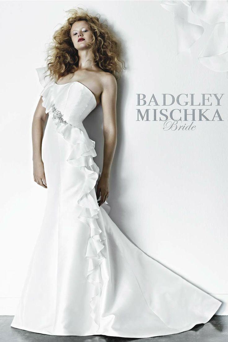 badgley mischka zenyatta discount designer wedding dress