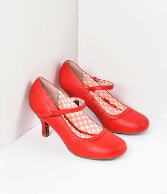 It always comes back to Bettie, darling. A shoe staple for every Pin-up closet, Bettie is a marvelous Mary Jane in a rockabilly red leatherette construction. A faux gored button strap, 3 inch heel and vintage sensibility make for the perfect pair to reach