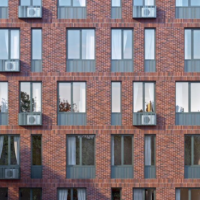 Многофункциональное здание с жилыми и нежилыми помещениями на шоссе Энтузиастов. Фрагмент 2 корпуса. Проект, 2015 © ADM